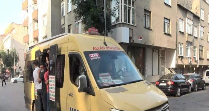Birçok minibüs şoförünün koronavirüsten korunmak için uyulması gereken kuralların yanı sıra, trafik kurallarına da aldırmadığı görüldü.