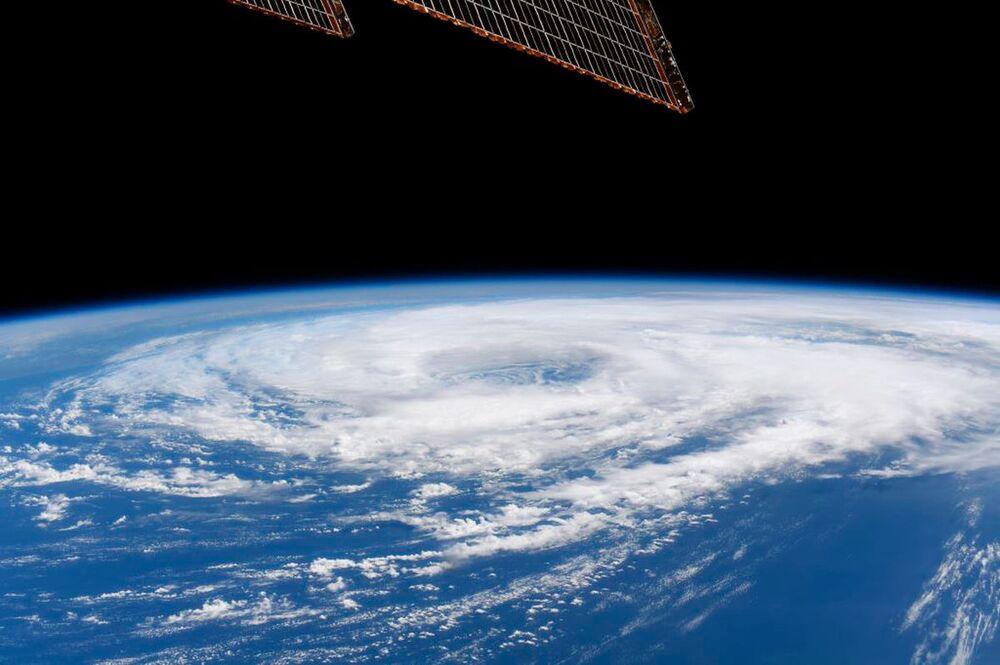 Uluslararası Uzay İstasyonu'ndan çekilen Meksika Körfezi'ndeki Cristobal isimli tropikal fırtına görüntüsü