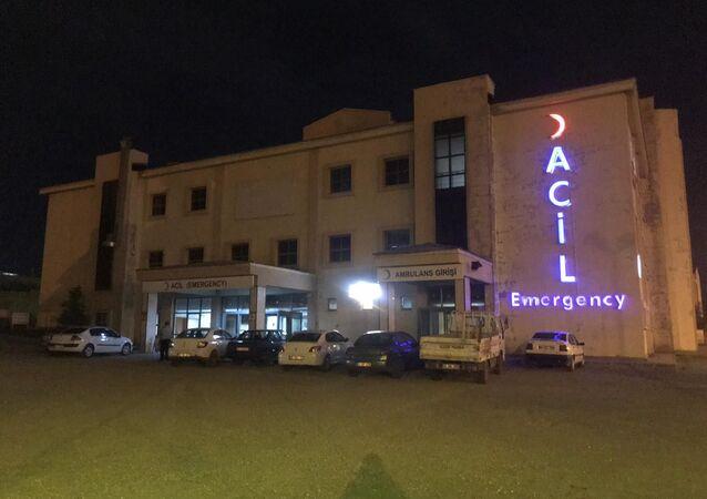 Sarıkamış'ta 'kız kaçırma' kavgasında 19 kişi yaralandı