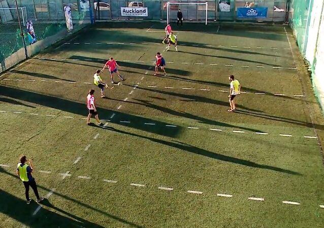 Arjantin'de 'canlı masa futbolu' popüler hale geldi
