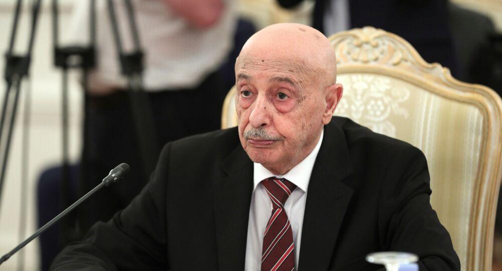 Libya Ulusal Ordusu Komutanı Halife Hafter'i destekleyen Tobruk'taki Temsilciler Meclisi'nin Başkanı Akile Salih