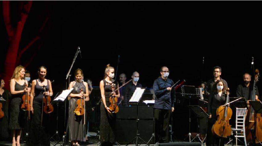 Orkestra, 17 Temmuz'da Beyoğlu Belediyesi Talimhane Sahnesi'nde yine açık havada konser verecek.