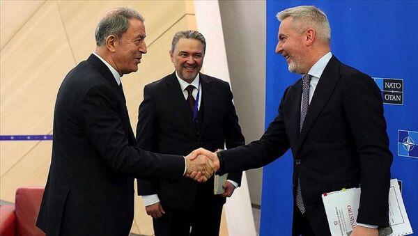 Milli Savunma Bakanı Hulusi Akar - İtalya Savunma Bakanı Lorenzo Guerini - Sputnik Türkiye