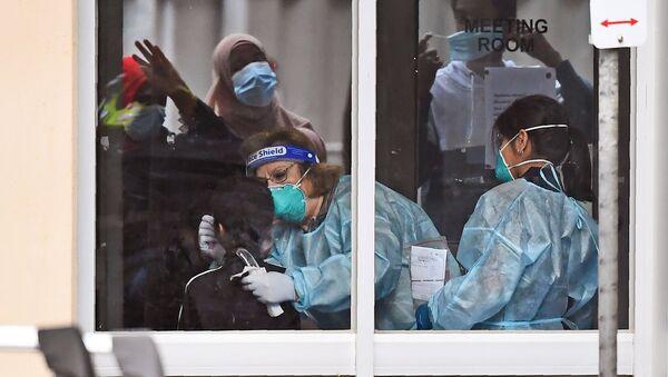 Koronavirüs - koronavirüs testi - maske -Melbourne - Avustralya - Sputnik Türkiye